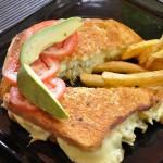 Su delicioso sandwich es una de sus especialidades / Their delicious sandwich is a specialty.