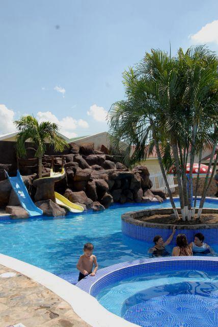Villa Nuria Honduras Hotel