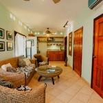 Espacioso cómodos y finamente decorados en Blue Bahía Resort en Roatán