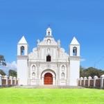 La iglesia de Santa Lucía es el escenario del Guancasco entre Mexicapa y Gracias.