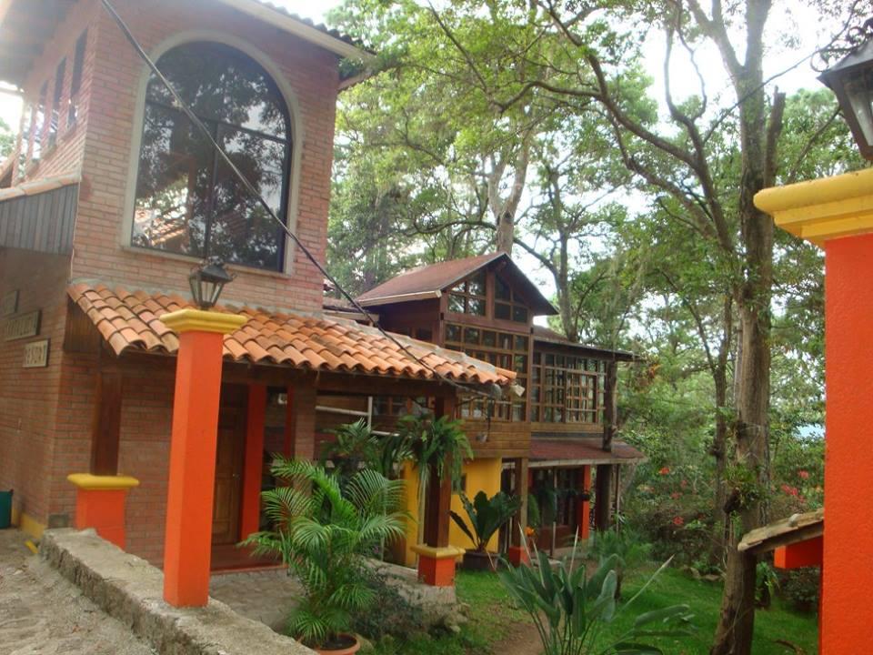 Hotel Santa Lucía Resort  Honduras Tips