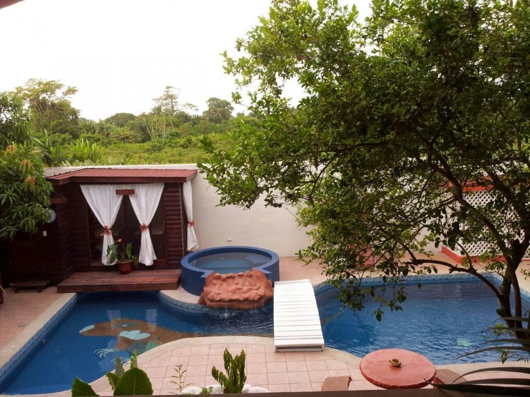 Hotel boutique posada las iguanas - Hotel las gaunas en logrono ...