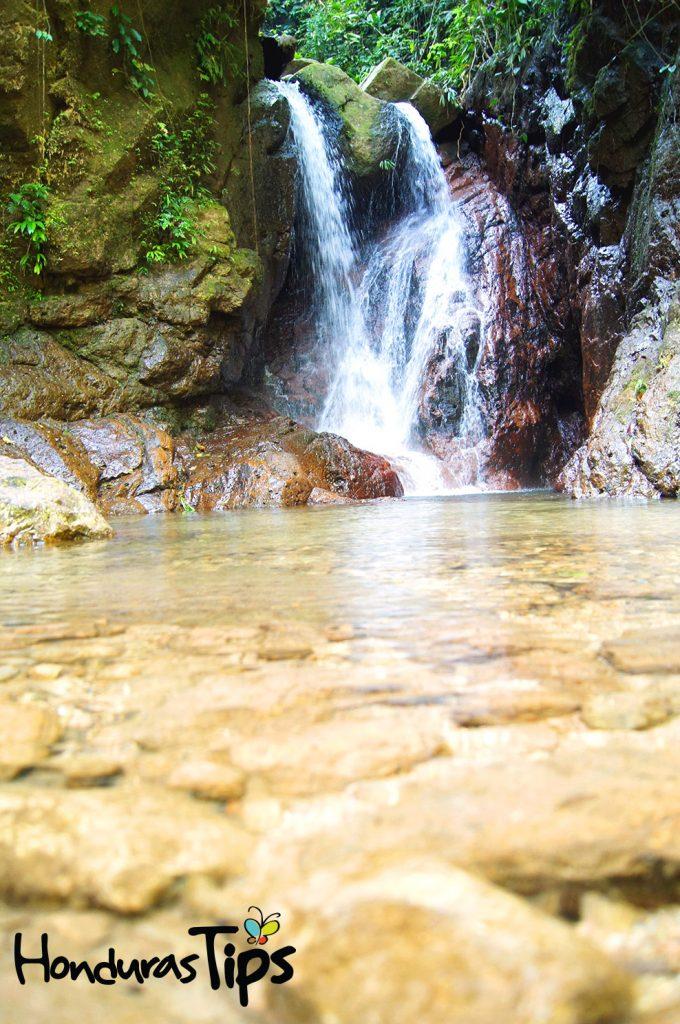 Parque Nacional Cerro Azul Meámbar, PANACAM, en la zona del Lago de Yojoa.