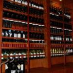 Amplia coleccion de los mejores vinos en Restaurante Ni-Fu Ni-Fa de Tegucigalpa_Honduras