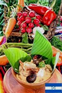 Platos típicos en merenderos del Mercado Guamilito de San Pedro Sula