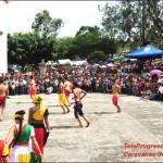Espectáculo cultural en Caravanas de Identidad