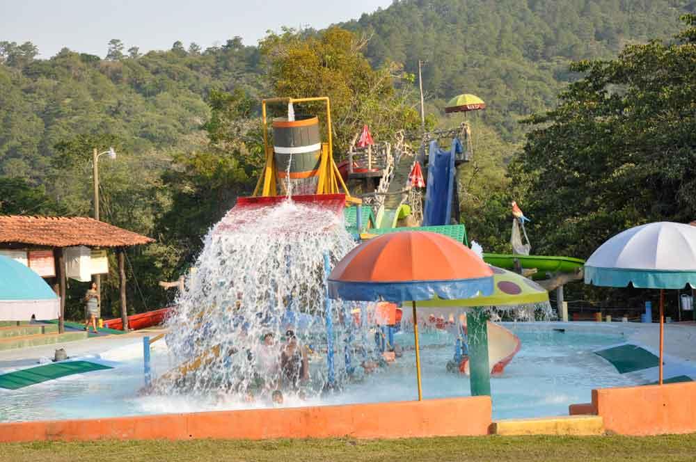 El Jaral Mall Y Aquapark Hacienda El Jaral Honduras Tips