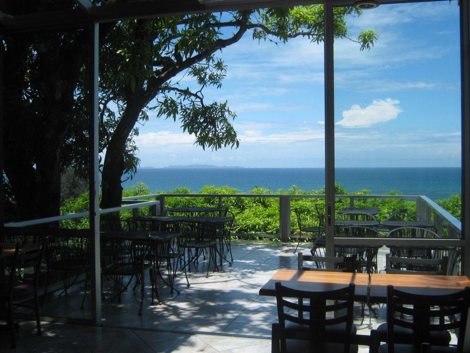 Restaurante maya vista honduras tips for Hotel maya tela