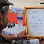 El Primer Batallón de Ingenieros del Ejército de Honduras recibió un reconocimiento de parte de la Secretaría de Turismo por su labor en la construcción del aeródromo.
