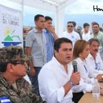 La mesa principal participó en una conferencia de prensa posterior a los actos de inauguración.