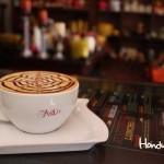 Una deliciosa taza de café de la mejor calidad en Santa Rosa de Copán / A delicious cup of coffee of the finest quality in Santa Rosa de Copán.