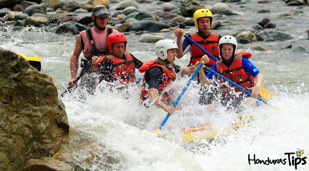 Rafting en río Cangrejal, La Ceiba.