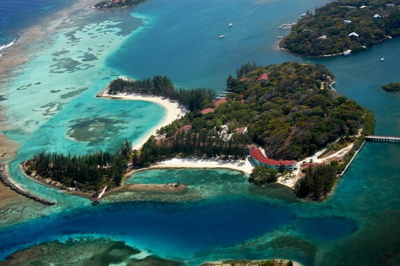 Fantasy Island Beach Resort Honduras