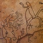 Una de las salas está ornamentada con arte rupestre del período Arcaico.