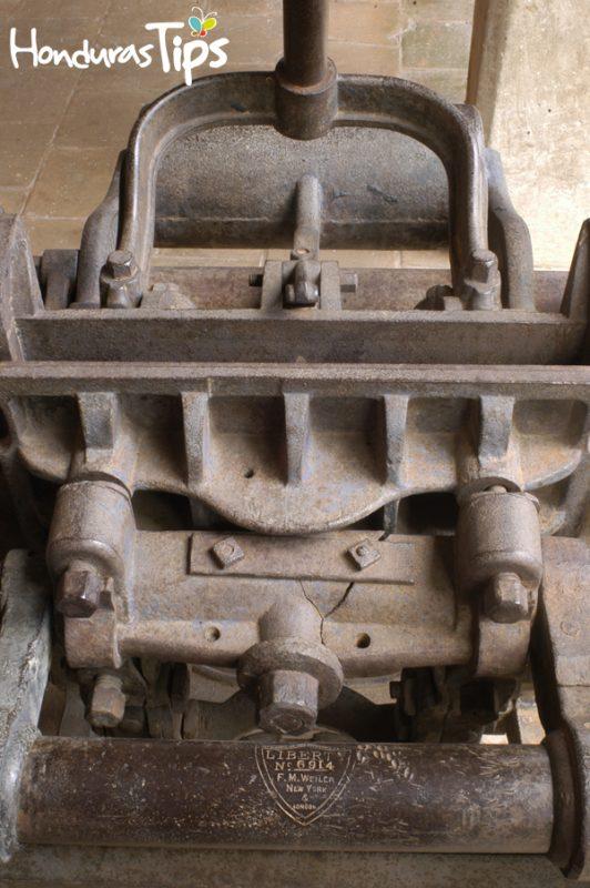 El museo cuenta con la maquinaria que formó parte de la primera imprenta a nivel centroamericano. Ésta data del año 1828 y fue traída por Francisco Morazán.