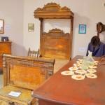 Reliquias en exhibición en Casa de la Cultura.
