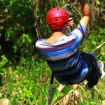 El trayecto de Jungle River Canopy Tour es entre la zona de amortiguamiento en la cordillera Nombre de Dios, y parte del parque nacional Pico Bonito.