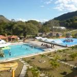 Funcionando desde el verano de 2013, AquaPark y Club Campestre El Yate ofrece una gran cantidad de alternativas para divertirse entre familia y amigos.