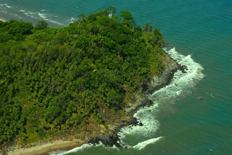 El parque forma parte del Subsistema de Áreas Protegidas de la Bahía de Tela, que comprende 4 unidades de manejo: el Jardín Botánico y Centro de Investigación Lancetilla, Refugio de Vida Silvestre Texiguat y Parque Nacional Blanca Jeannette Kawas Fernández (Punta Sal).
