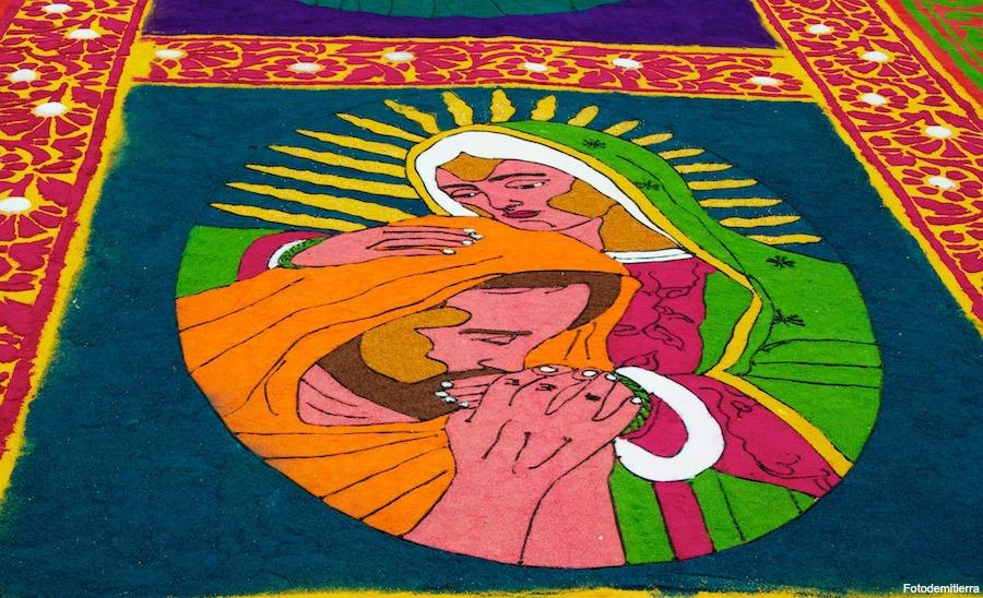 Alfombras de semana santa un cono de fe y tradici n for El paraiso de las alfombras