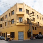 El edificio del Centro de Arte y Cultura de la UNAH se encuentra ubicado en el  casco histórico de Comayagüela.