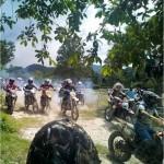 El evento de motocross será el domingo 04 de octubre a las 12:00 del mediodía.