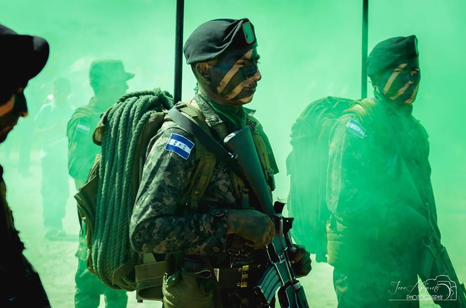 Según manda la Constitución, las Fuerzas Armadas de Honduras están creadas para defender la integridad territorial y la soberanía de la República.