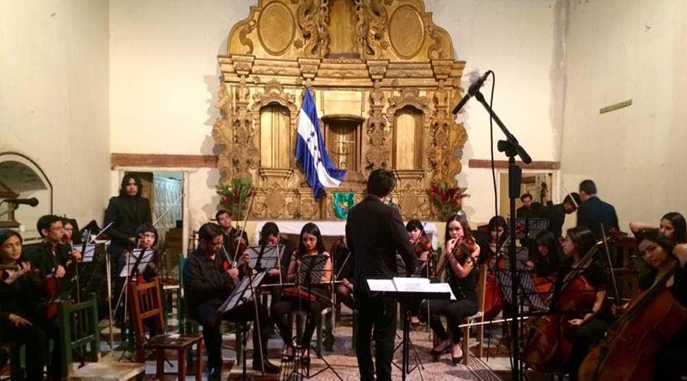 Dos ciudades principales de honduras unidas por la m sica for Casa piscitelli musica clasica