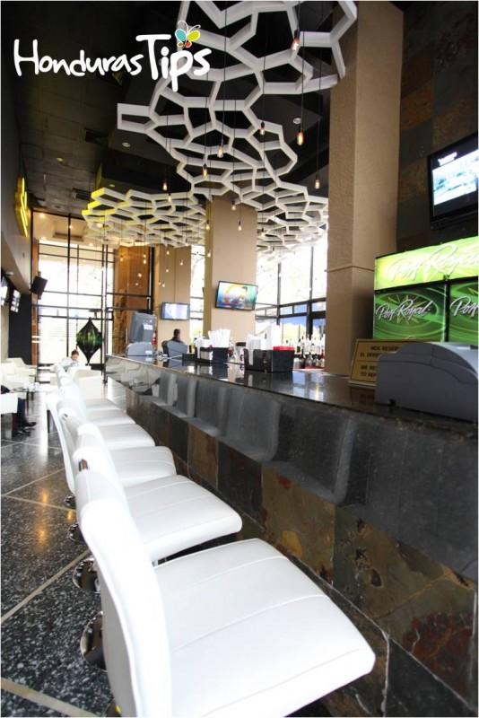 Doce Terraza Lounge Honduras Tips