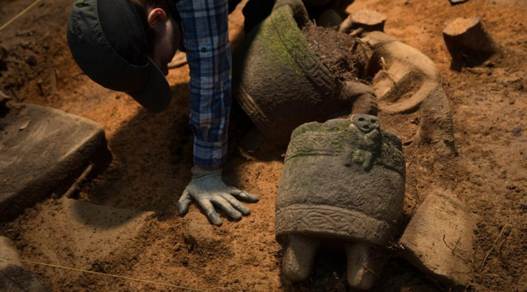 Arqueólogos de National Geographic evalúan nuevos descubrimientos en la Mosquitia hondureña (Foto de NatGeo)