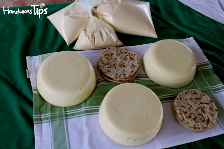 Comer un delicioso pedazo de queso en Olanchito es obligatorio, sin conservantes, ni alteraciones.