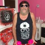 John Mckay: El popular doctor que vino a Utila para quedarse