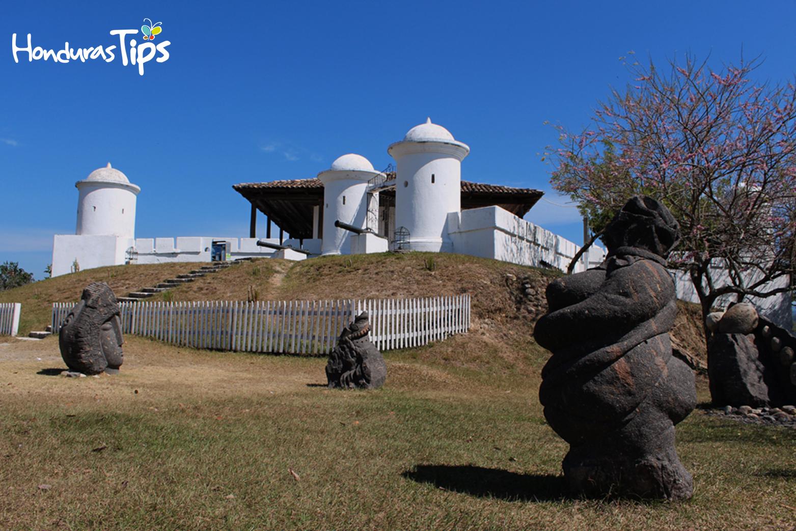 El fuerte de san Cristóbal es uno de los atractivos si va a Gracias, Lempira.