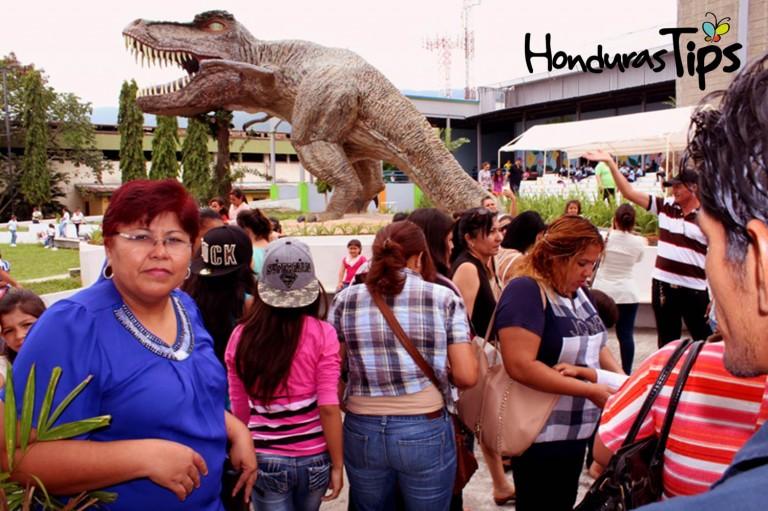 Cientos de niños y adultos visitan el Museo del Niño, todos los días.