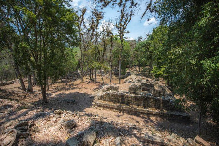 Ernesto y Taisa quedaron maravillados de Copán Ruinas y del legado Maya.