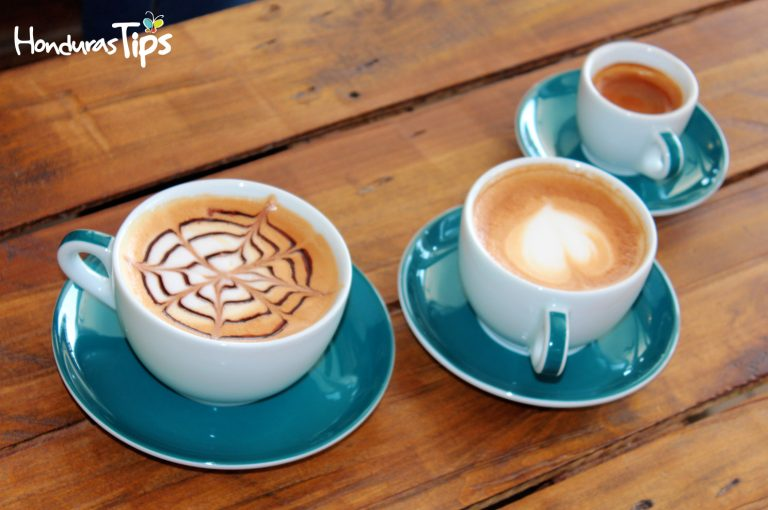 El café con un delicioso pan de repostería casera es la apuesta de Sky.