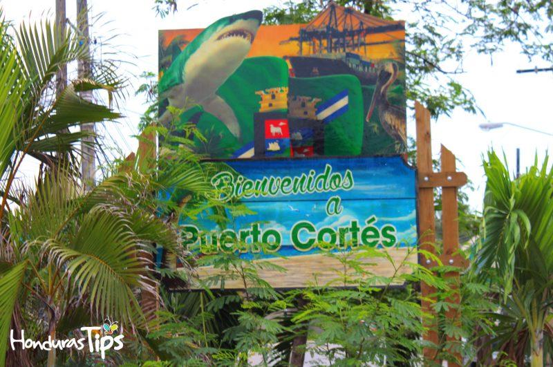 Puerto Cortés cuenta con una de las ferias más coloridas de la costa Norte de Honduras.