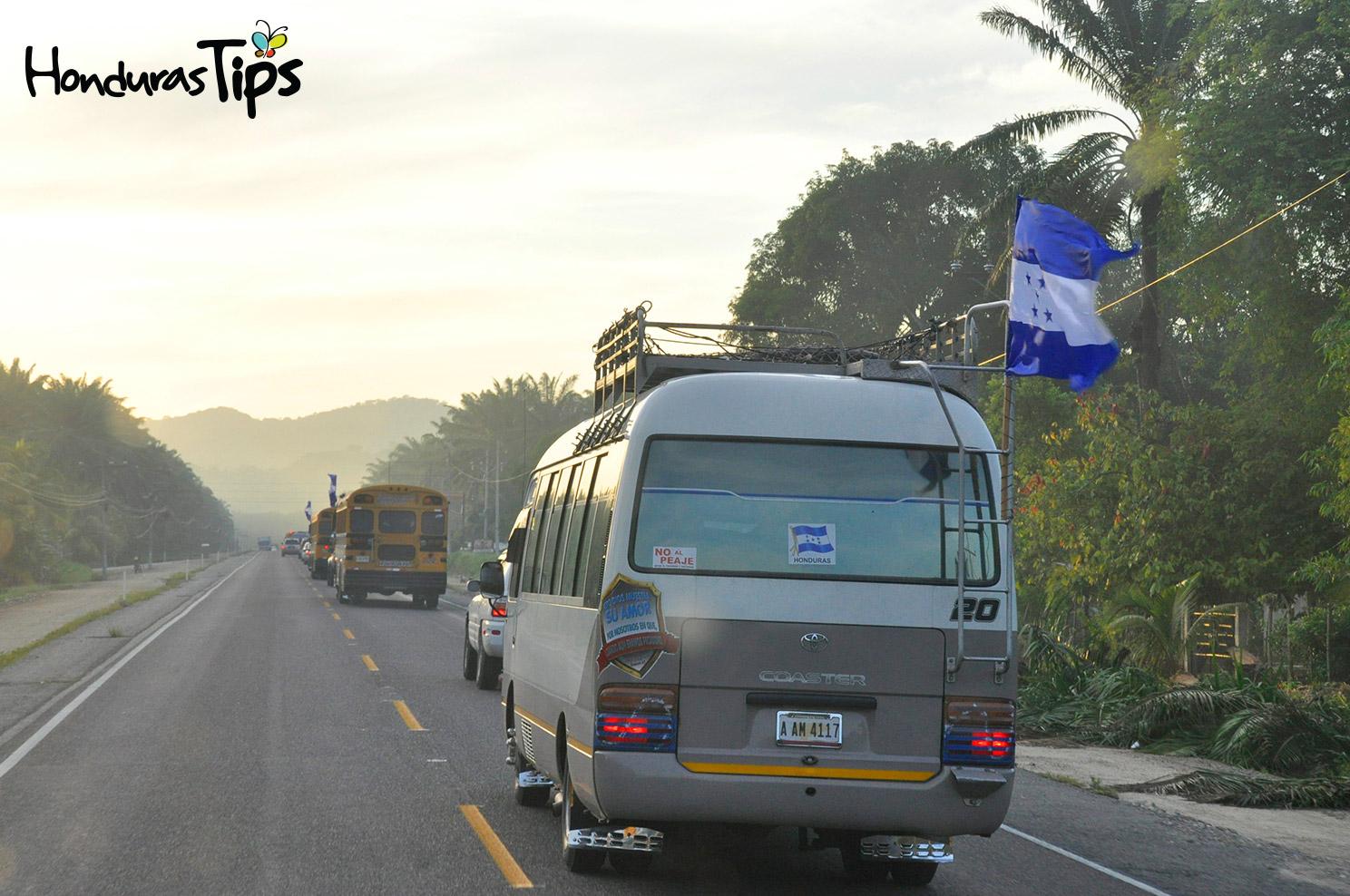 En total se contabilizaron más de 2 mil personas que acompañaron en Caravana de Identidad hacia Trujillo.