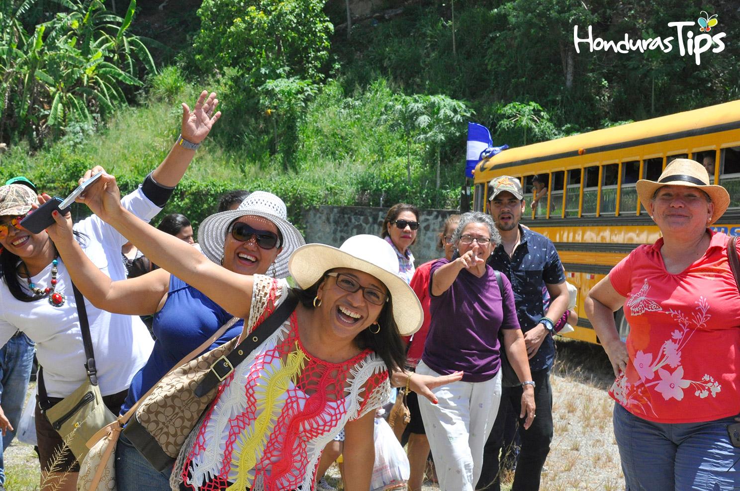 La alegría y emoción de los miembros de Caravana de Identidad era evidente al momento de arribar a Trujillo.