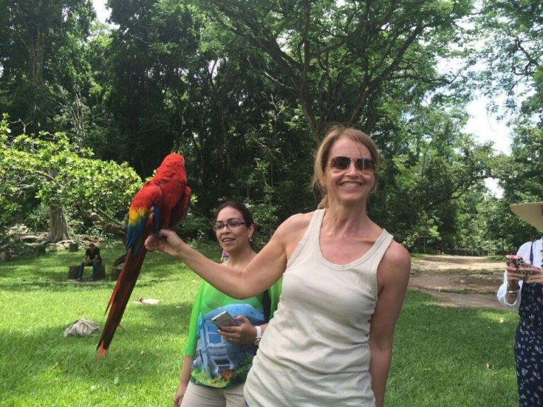 La mamá de Pique disfruta de Honduras.
