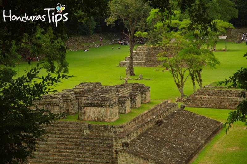 Campo-de-Pelota-Parque-Arqueológico-Copán-Ruinas-1
