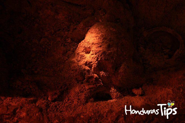 En algunas cuevas de Honduras se han confirmado como cementerios de civilizaciones antiguas.