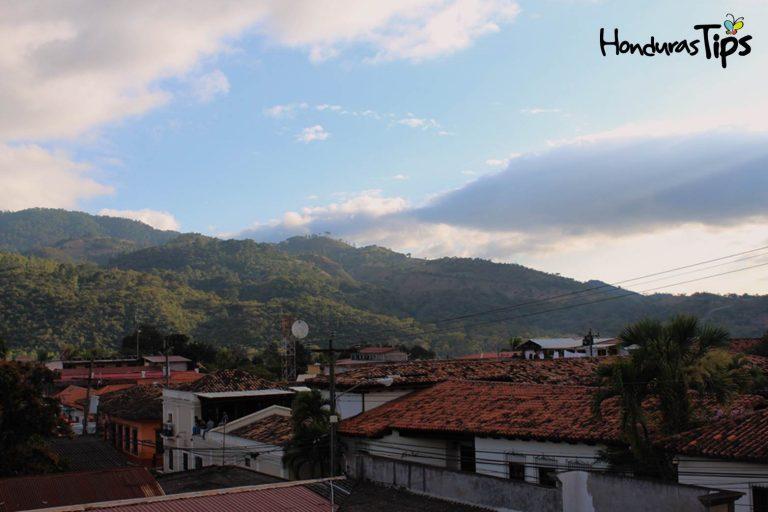 El Pueblo de Copán Ruinases un oasis colonial y místico en Honduras