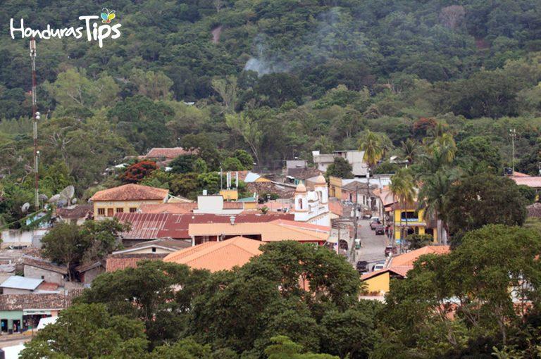 El Centro de Copán Ruinas es un verdadero paisaje visual a los turistas. (Vista desde del fuerte Cabañas)
