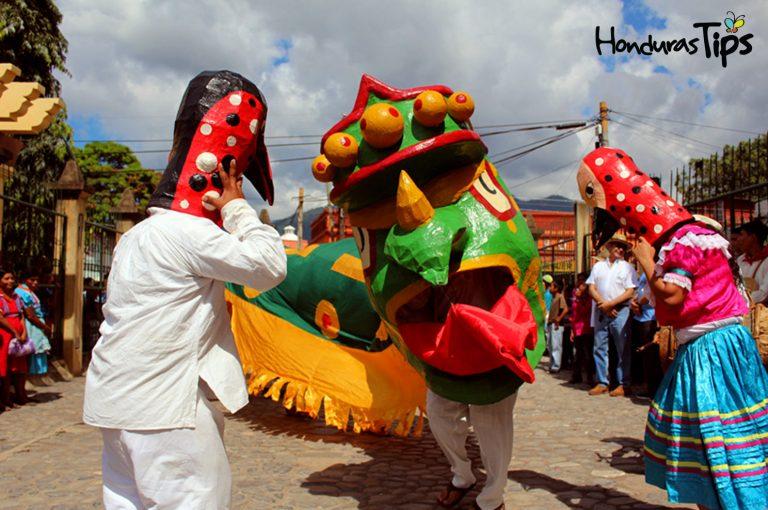 En la región trifinio podrá encontrar misticismo y rituales mayas chortís para bendecir las cosechas de granos básicos.