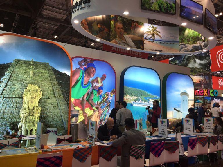 El impresionante stand acapara miradas en la reconocida Feria Mundial de Turismo.