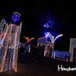 Tegucigalpa no se queda atrás, y su villa navideña este año es espectacular.