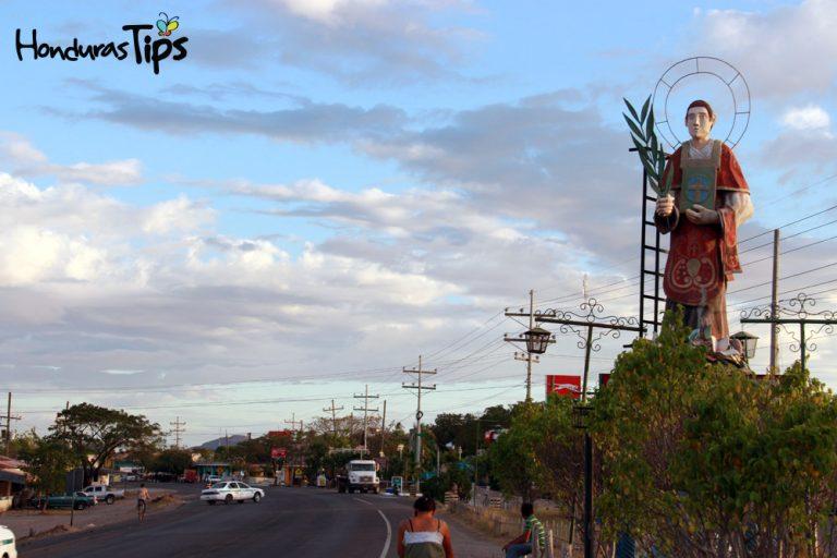 Entrada de San Lorenzo, Valle.