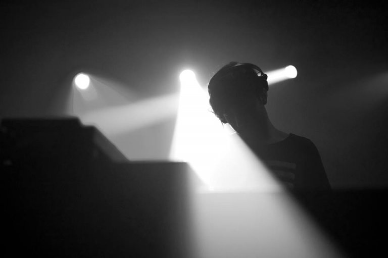 John Dimas – Berlin, Alemania (House / Techno)