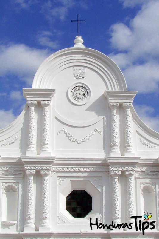 Catedral-de-Santa-Rosa-de-Copán-2